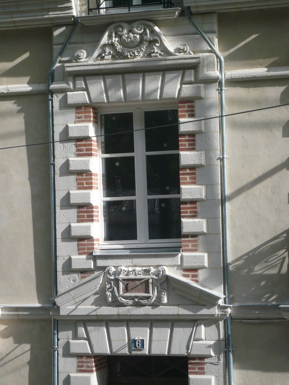 6, rue Jules Launey – NANTES (44)